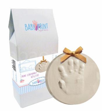 baba kezlenyomat keszito2 350x380 - Egyedi baba ajándék
