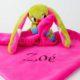 kockasfulu nyul alvokendo DSCF6254 3 80x80 - Névvel hímzett plüss szundikendő - Kockásfülű nyúl-pink